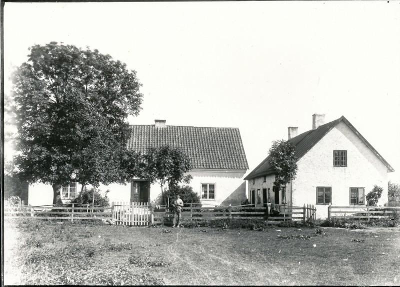 BT 01L 001 Mickelgårds 800x573 - Mickelgårds 395 (1:17) VN