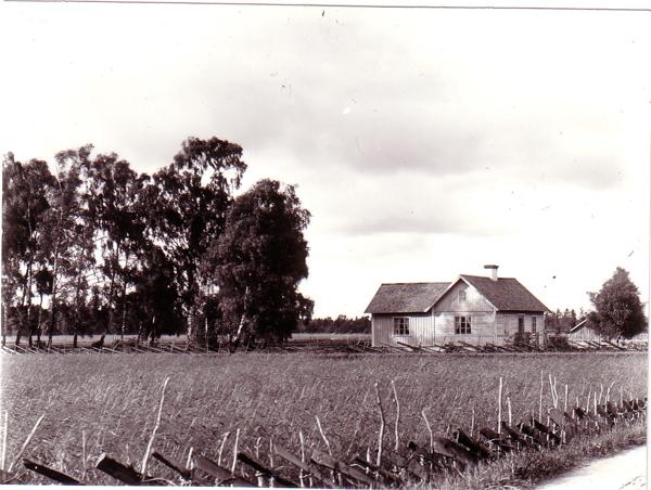 Hanna Greens hus Nu Lindqvisters HG var lärarinna - Prästgården 156 (1:7) JN