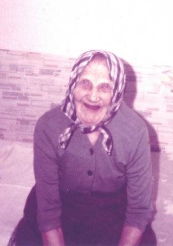 Olivia Jakobsson Maldes 320 A, född Jakobsdotter vid Bosarve 166 år 1871,