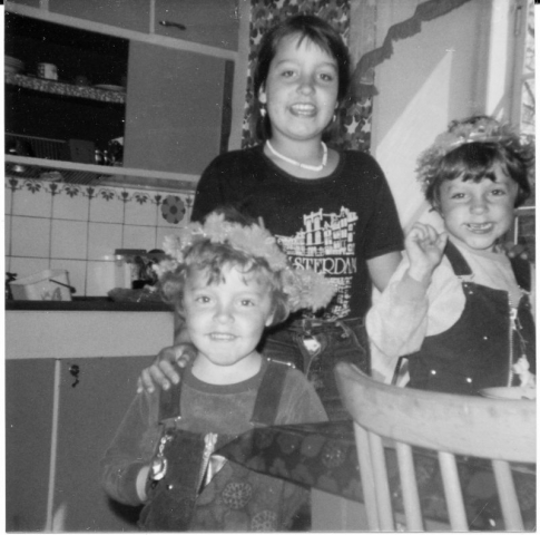 Syskonen Ann-Catrin Lyander (1969) och tvillingarna Anders och Örjan (1974)